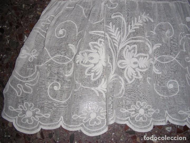 Antigüedades: ANTIGUO DELANTAL INDUMENTARIA BORDADO CADENETA - Foto 2 - 127266210