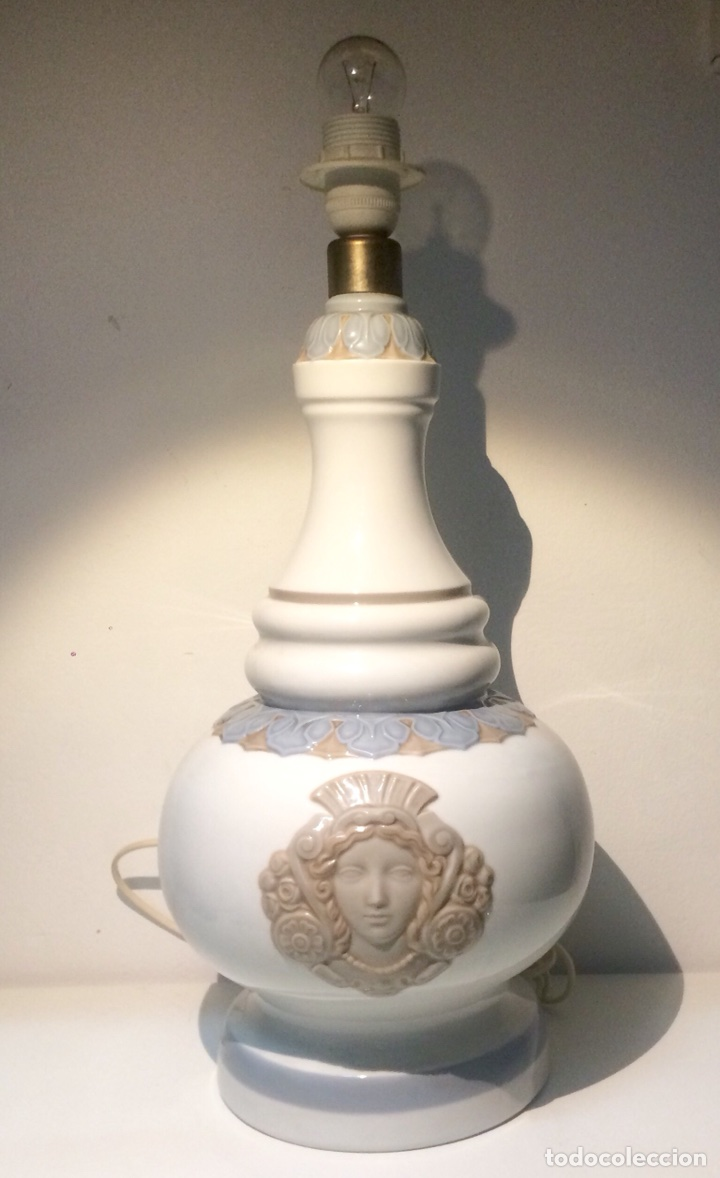 Antigüedades: Lladró, lámpara alfil decorado Olimpio. - Foto 11 - 104270191