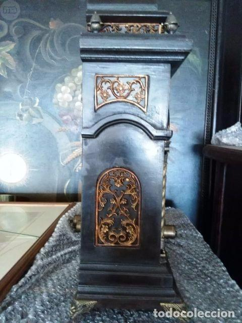 Antigüedades: INTERESANTE RELOJ DE MADERA - Foto 2 - 104272783
