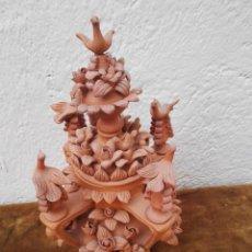 Antigüedades: CENTRO DE MESA DE BARRO DE GRAN CALIDAD. CON MUCHO DETALLE. Lote 104325643