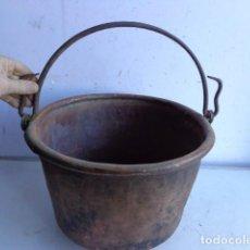 Antigüedades: MUY ANTIGUA (MEDIADOS 1800), BONITA Y PESADA CALDERA DE GRUESO COBRE Y FORJA, COMPLETA Y BUEN ESTADO. Lote 104347803