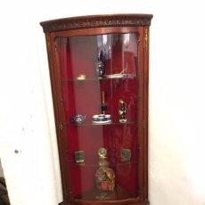 Antigüedades: VITRINA RINCONERA. Lote 104388315