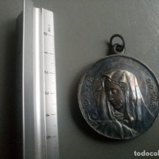 Antigüedades: MEDALLA RELIGIOSA ANTIGUA MATER DOLOR CRISTO DE LIMPIAS NUESTRA SEÑORA DE LOS DOLORES. Lote 104404271