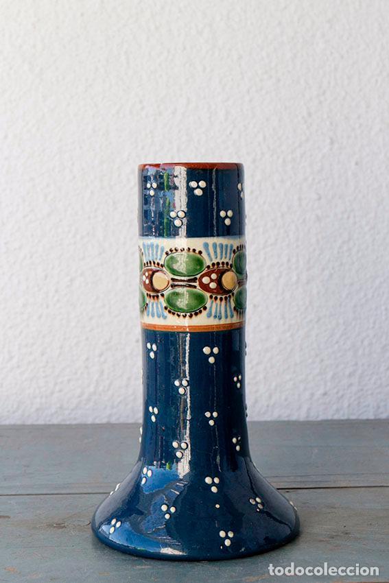 JARRÓN CILÍNDRICO DE CERÁMICA CON DIBUJOS A MANO. AÑOS 30/40 (Antigüedades - Hogar y Decoración - Floreros Antiguos)