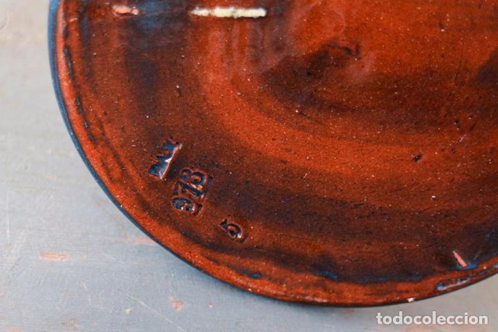 Antigüedades: Jarrón cilíndrico de cerámica con dibujos a mano. Años 30/40 - Foto 3 - 104404431