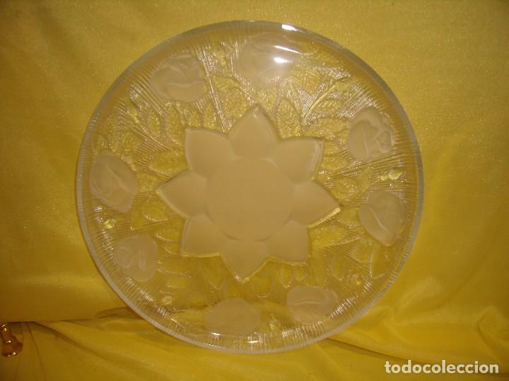Antigüedades: Bandeja cristal , de Covetro, fabricado en Italia, 30 cm diámetro, años 80, Nueva sin usar. - Foto 2 - 104429235