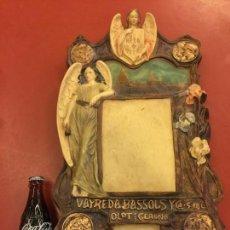 Antigüedades: MAGNIFICO PLAFON MODERNISTA IMAGEN ANGELES, TALLER ARTE CRISTIANO DE OLOT. GRAN TAMAÑO. LEER MAS.... Lote 104439551