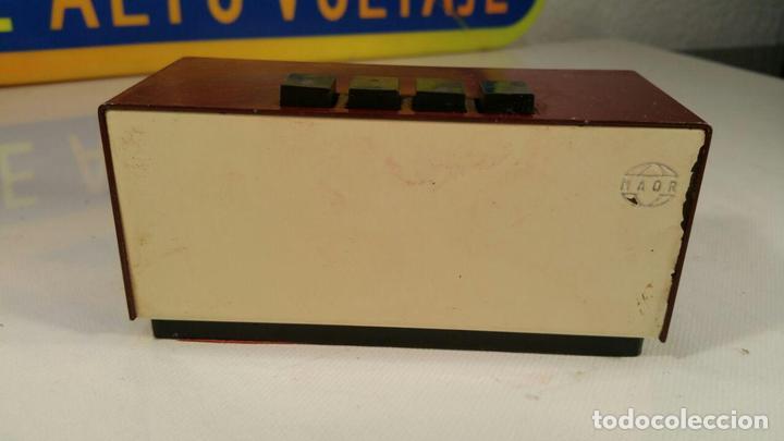 Antigüedades: Calendario Maor, años 70 - pulsadores manuales - Calendario perpetuo. modelo Perorsa - color granate - Foto 3 - 104469327