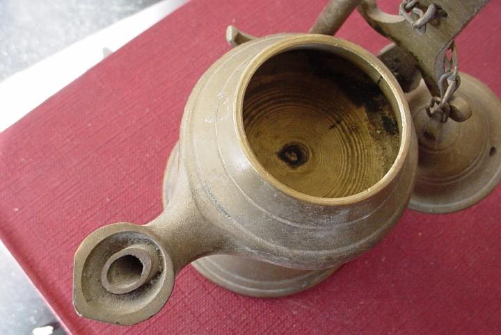 Antigüedades: Lampara de aceite de laton con colgante - Foto 8 - 104491323