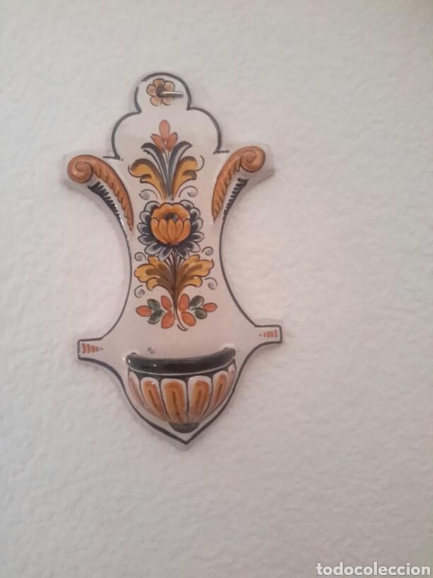 ANTIGUA BENDITERA DE CERÁMICA DE TALAVERA (Antigüedades - Religiosas - Benditeras)