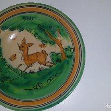 Antigüedades - plato pintado a mano 26 cm, firmado - 104522747