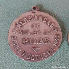Antigüedades: BONITA Y ANTIGUA MEDALLA HERMANDAD NUESTRA SEÑORA DEL PILAR JEREZ Y OCTUBRE 1940. Lote 104544435