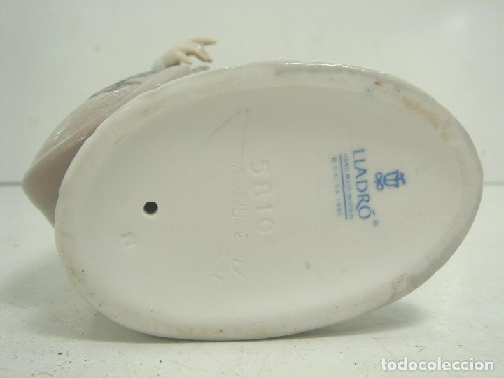 Antigüedades: FIGURA PORCELANA - LLADRO -MUSICO CON SU RADIO REF:5810- AÑO 1991 1994 - INCLINACION MUSICAL - Foto 12 - 104640527