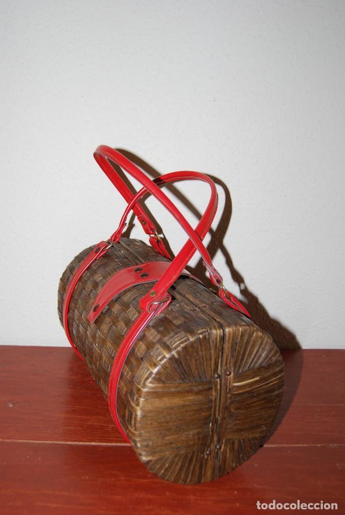 Antigüedades: PRECIOSO BOLSO DE MIMBRE Y SIMIL PIEL - RATÁN - AÑOS 50 - Foto 5 - 104654871