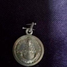 Antigüedades: MEDALLA VIRGEN DEL ROCIO EN, PLATA. Lote 104669171