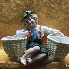 Antigüedades: NIÑO TIROL CON CESTO. Lote 104694483