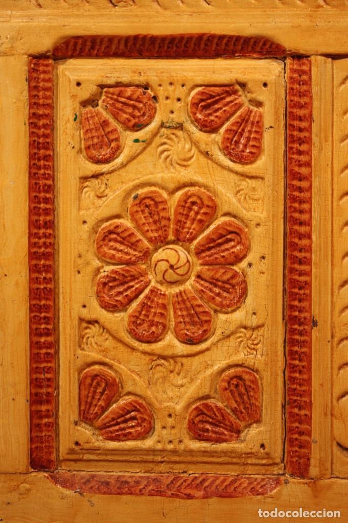 Antigüedades: Antiguo baúl lacado del siglo XIX - Foto 3 - 104696395