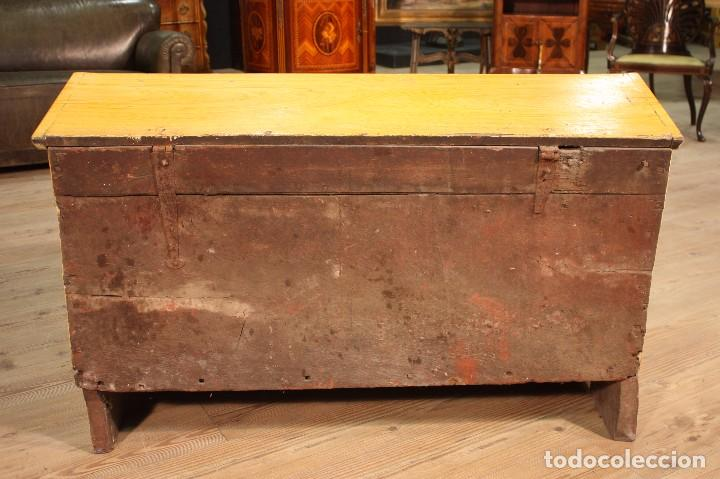 Antigüedades: Antiguo baúl lacado del siglo XIX - Foto 11 - 104696395