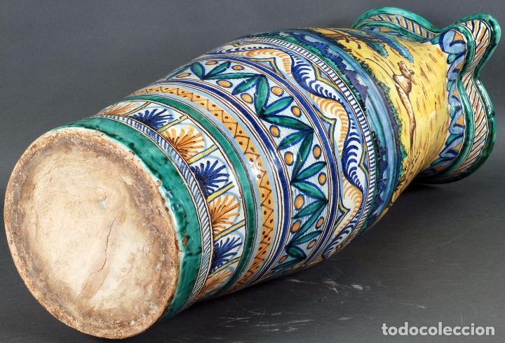 Antigüedades: Jarra jarron cerámica Triana tema cacería montería finales del siglo XIX - Foto 13 - 104696799