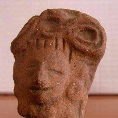 Antigüedades: CABEZA FIGURA PRECOLOMBINA / TERRACOTA. Lote 104703607