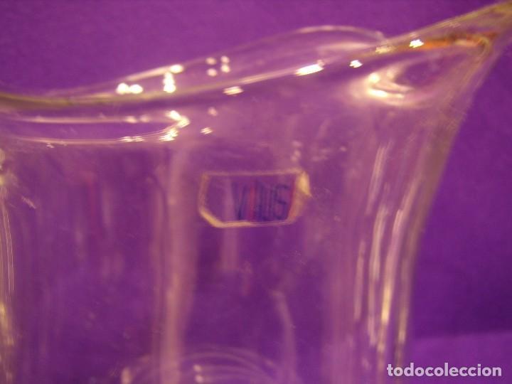 Antigüedades: Copas 6 agua con jarra cristal tallado al ácido de Vilusi,copas sonoridad años 70,Nuevo sin usar. - Foto 9 - 104706511