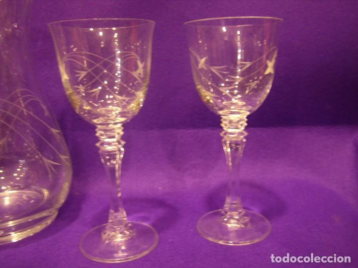 Antigüedades: Copas 6 agua con jarra cristal tallado al ácido de Vilusi,copas sonoridad años 70,Nuevo sin usar. - Foto 10 - 104706511