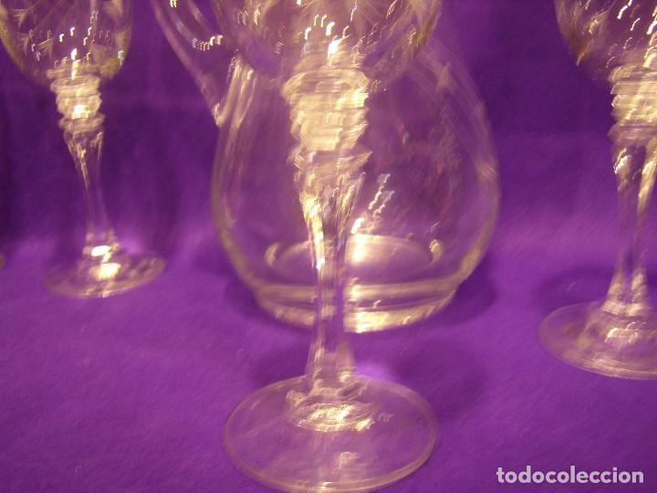 Antigüedades: Copas 6 agua con jarra cristal tallado al ácido de Vilusi,copas sonoridad años 70,Nuevo sin usar. - Foto 13 - 104706511
