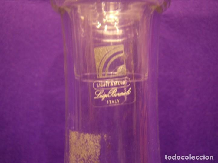 Antigüedades: Juego licor 6 copas y licorera, cristal tallado al ácido, fabricado en Italia, años 70, Nuevo. - Foto 5 - 104710055