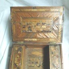 Antigüedades: CAJA JOYERO MARQUETERIA DE PAJA S XIX, PARA RESTAURAR. MED. 25 X 17 X 8 CM. Lote 104714083