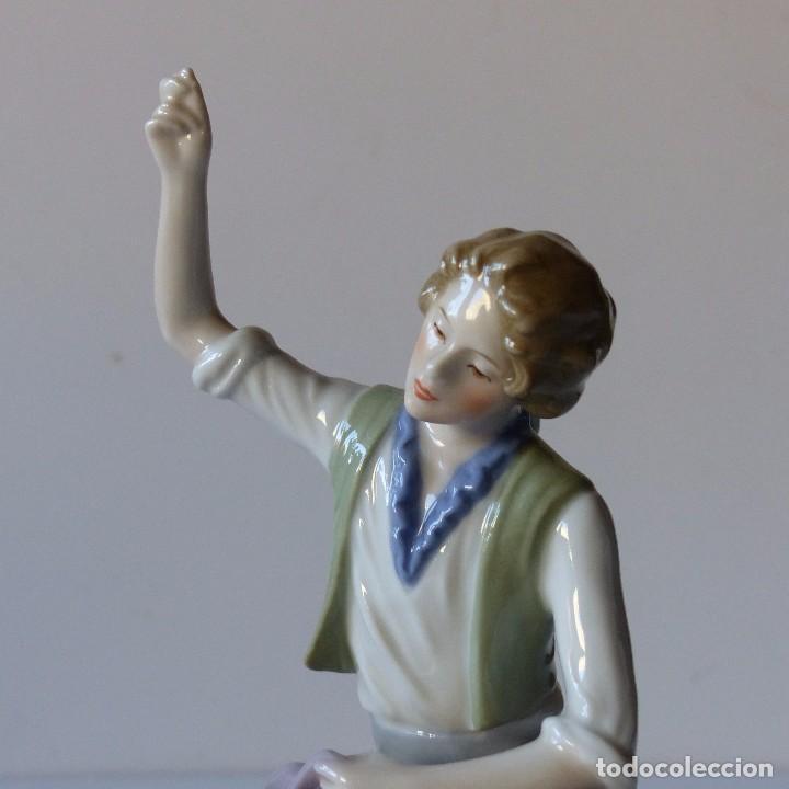 Antigüedades: Figura de porcelana de Göbel de modisto. Alemania 1960 - 1970 - Foto 2 - 104791027