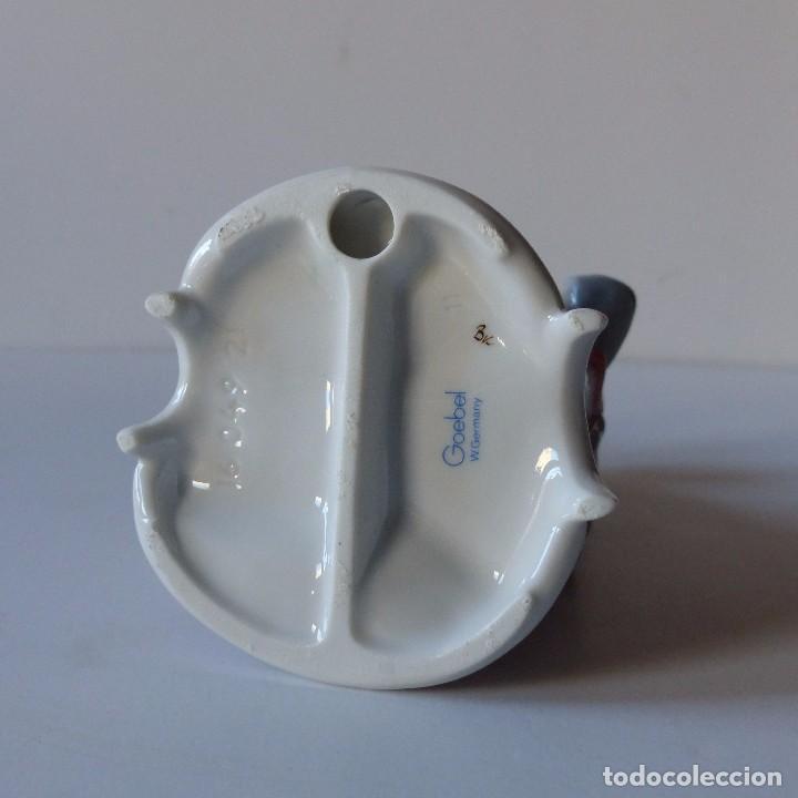 Antigüedades: Figura de porcelana de Göbel de modisto. Alemania 1960 - 1970 - Foto 3 - 104791027