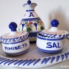 Antigüedades: PLATO TALAVERA DE LA CAL BARREIRA-ACEITERA SAL PIMIENTA CON ERROR PIMINETA. Lote 104807479