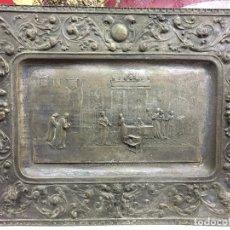 Antigüedades: ANTIGUA BANDEJA DE COBRE ISABEL LA CATOLICA CEDE SUS JOYAS A LA EMPRESA DE COLON - REYES CATOLICOS. Lote 104821187
