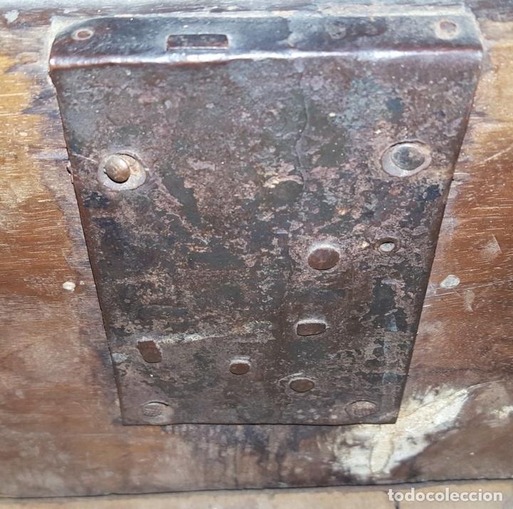 Antigüedades: CANTERANO ESCRITORIO CATALÁN. MADERA DE NOGAL CON FILETE DE BOJ. ESPAÑA. SIGLO XVIII. - Foto 15 - 104835851