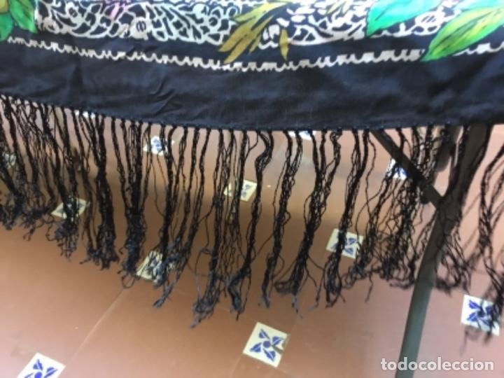 Antigüedades: Antiguo mantón de seda natural estampado con fleco - Foto 6 - 104864223