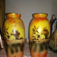 Antigüedades: PAREJA DE JARRONES DE CRISTAL PINTADO. Lote 104875875