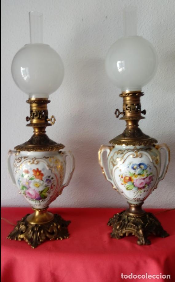 PAREJA DE JARRONES ADAPTADOS PARA LÁMPARAS DE PORCELANA VIEJO PARÍS S. XIX. 73 CMS DE ALTO, MIDIENDO (Antigüedades - Porcelana y Cerámica - Francesa - Limoges)