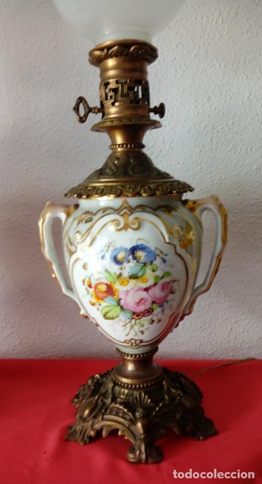 Antigüedades: PAREJA DE JARRONES ADAPTADOS PARA LÁMPARAS DE PORCELANA VIEJO PARÍS S. XIX. 73 CMS DE ALTO, MIDIENDO - Foto 3 - 104904183