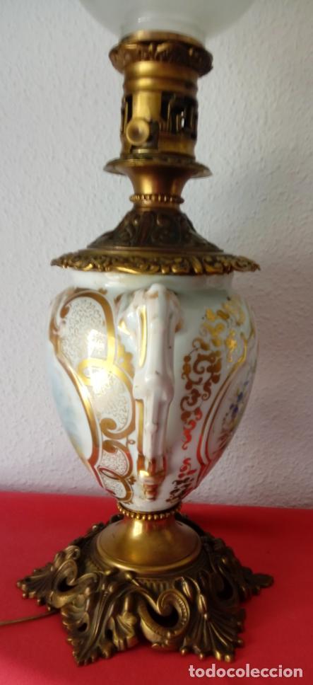Antigüedades: PAREJA DE JARRONES ADAPTADOS PARA LÁMPARAS DE PORCELANA VIEJO PARÍS S. XIX. 73 CMS DE ALTO, MIDIENDO - Foto 6 - 104904183