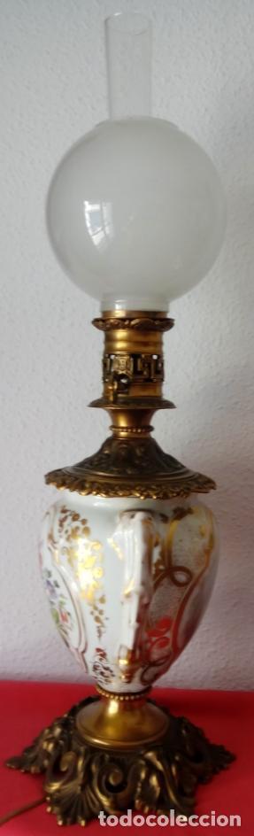 Antigüedades: PAREJA DE JARRONES ADAPTADOS PARA LÁMPARAS DE PORCELANA VIEJO PARÍS S. XIX. 73 CMS DE ALTO, MIDIENDO - Foto 11 - 104904183