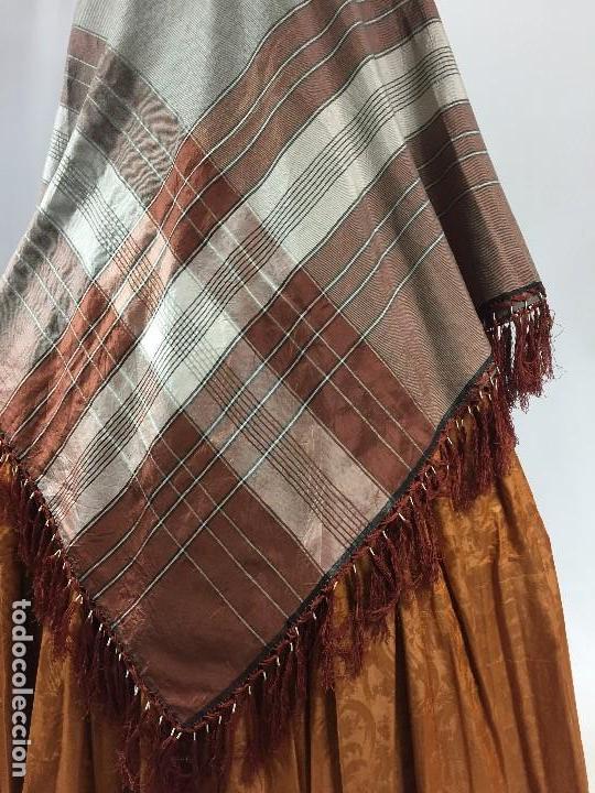 Antigüedades: Antigua granadina. Mantón de seda - Foto 3 - 104945315