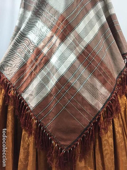 Antigüedades: Antigua granadina. Mantón de seda - Foto 5 - 104945315