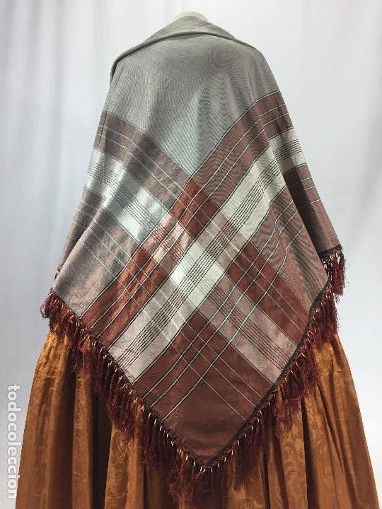 Antigüedades: Antigua granadina. Mantón de seda - Foto 6 - 104945315