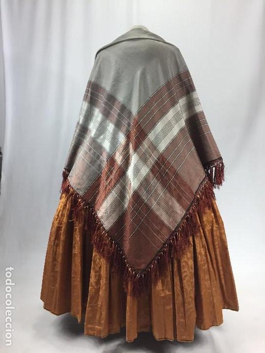 Antigüedades: Antigua granadina. Mantón de seda - Foto 7 - 104945315