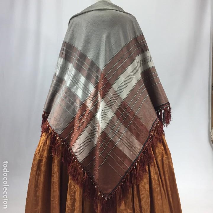 ANTIGUA GRANADINA. MANTÓN DE SEDA (Antigüedades - Moda - Mantones Antiguos)