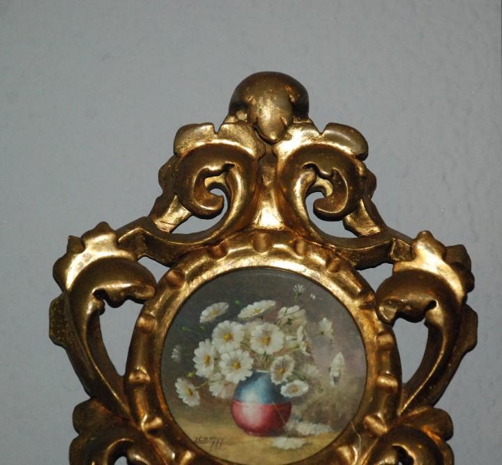 Antigüedades: PAREJA DE PEQUEÑAS CORNUCOPIAS DE MADERA EN ORO FINO CON PINTURAS DE FLORES. - Foto 2 - 104946943