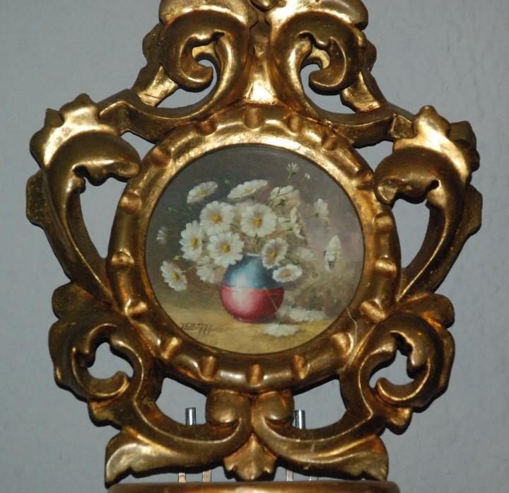Antigüedades: PAREJA DE PEQUEÑAS CORNUCOPIAS DE MADERA EN ORO FINO CON PINTURAS DE FLORES. - Foto 3 - 104946943