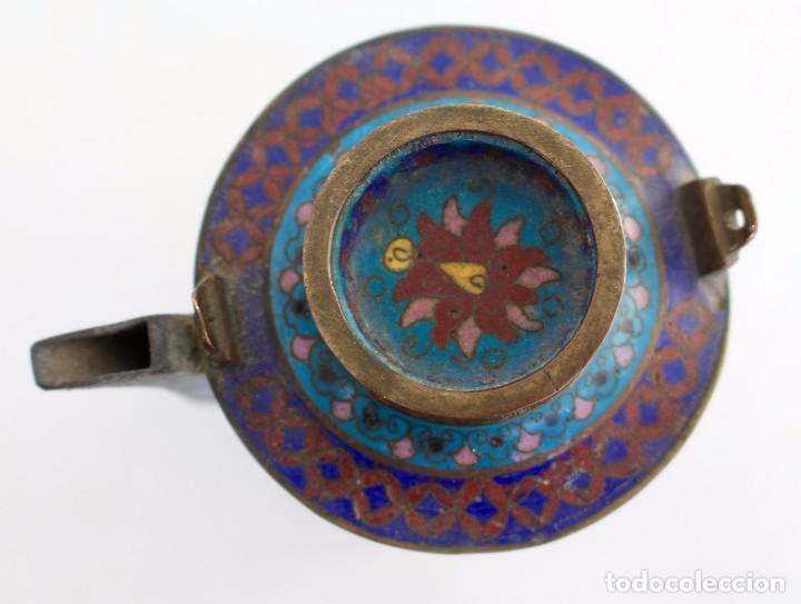 Antigüedades: HERMOSA Y ORIGINAL TETERA CLOISONNE ,CHINA .S XIX. 11,9 cm x 10 cm X 8,5 cm. - Foto 8 - 104952827