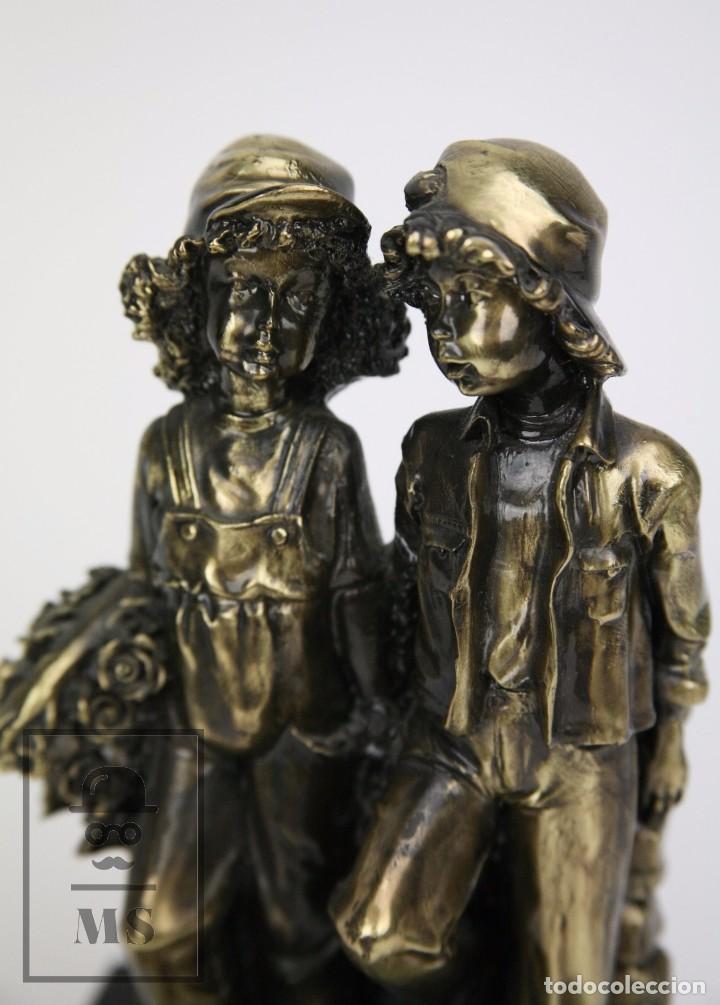 Antigüedades: Escultura de Resina y Bronce Sobre Peana de Mármol Negro - Niños con Flores - Loga Art - Foto 8 - 104957743