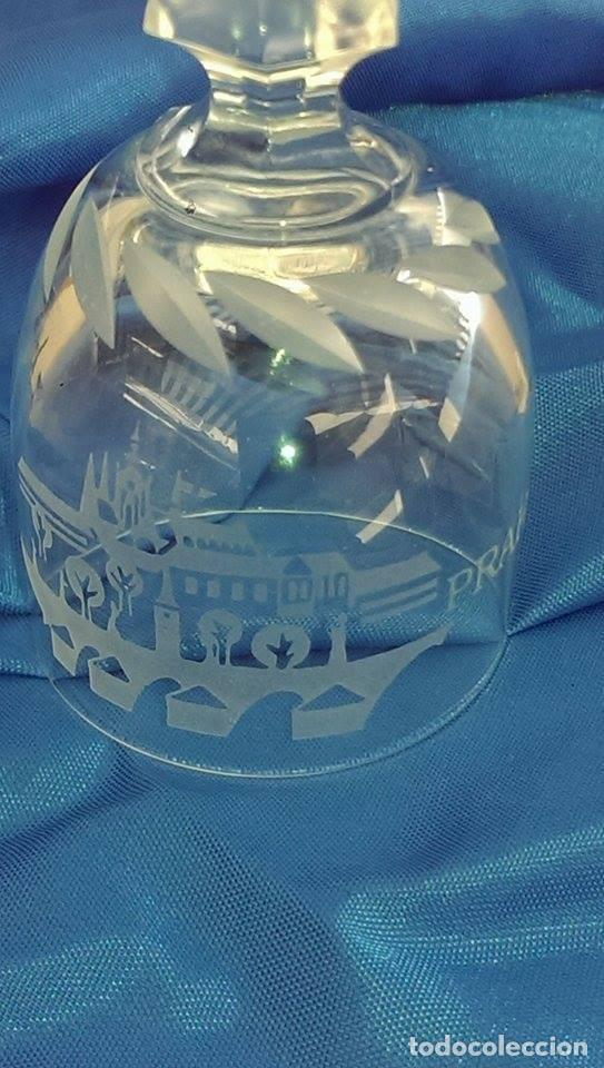 Antigüedades: Campana cristal bohemia decorativa tallada a mano Praga - Foto 3 - 105012135